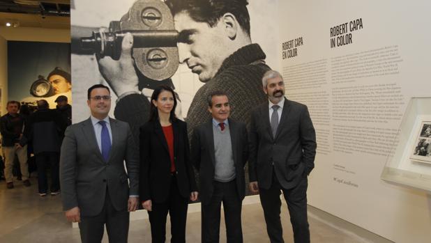 Roiz, Young, Herador y Miró este martes en la exposición