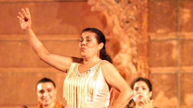 Antonia Rodríguez, la Negra, durante una actuación en el Alcázar de Sevilla
