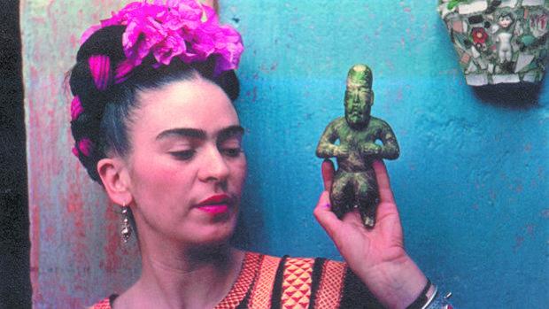 Frida Kahlo, una artista marcada por el dolor y su propio mito