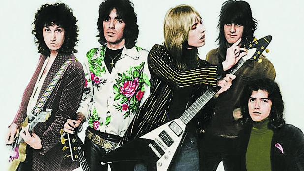 Tom Petty, en el centro, en una imagen de archivo