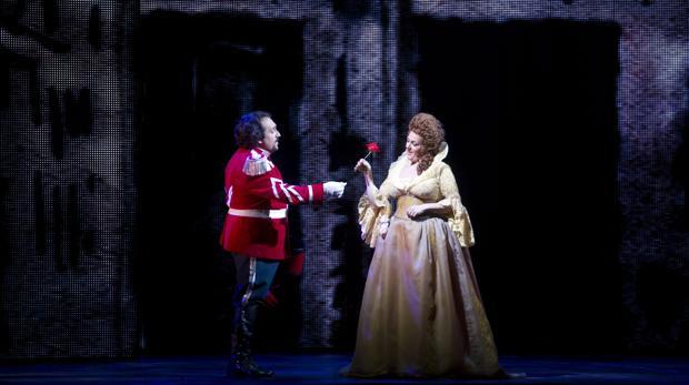Una escena de «Luisa Fernanda» en el Teatro de la Zarzuela