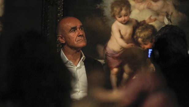 Antonio Muñoz en la exposición «Murillo y su estela en Sevilla», que acogió el Espacio Santa Clara