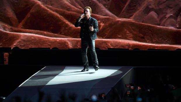 Bono cuando el «Josua Tree Tour» hizo parada en Roma