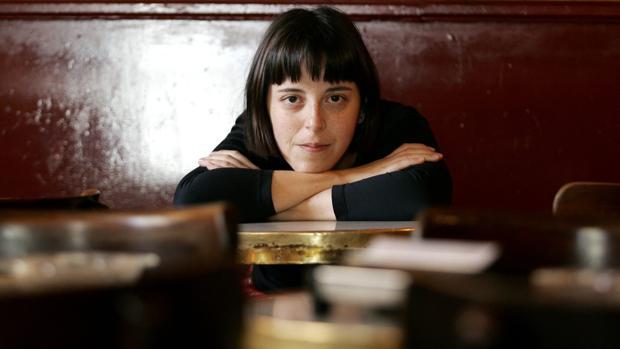 La poeta y novelista Pilar Adón (Madrid, 1971)