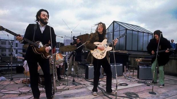 Los Beatles durante su último concierto
