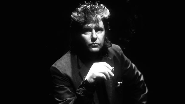 Glenn Branca publicó más de veinte discos y presentó sus obras en los escenarios más respetados del mundo