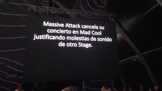 Insultos, pitidos y vasos volando: nueva polémica en el Mad Cool al cancelarse el concierto de Massive Attack