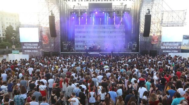 Ambiente del jueves de conciertos con La M.O.D.A