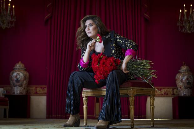 Estrella Morente, durante la entrevista en el Teatro Real