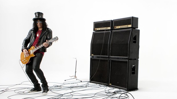 El músico y compositor británico-estadounidense Slash