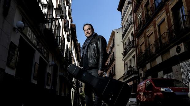 Ismael Serrano: «Levantarse cada día es un acto de heroicidad»