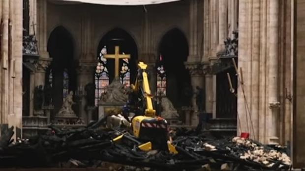 Imágenes del interior de Notre Dame