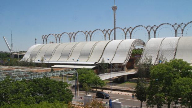 El pabellón del Futuro, en la isla de la Cartuja, albergará antes de final de año el Archivo General de Andalucía