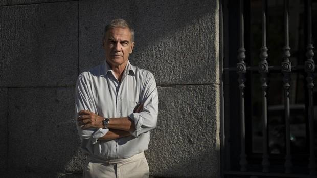 Edoardo Albinati: «Es terrible, pero el sexo y la violencia venden y entretienen»