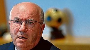 El «vergonzante» presidente de la Federación italiana