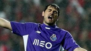 Casillas vuelve a tener trifulca en Twitter