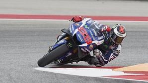 Lorenzo se harta de Valentino Rossi