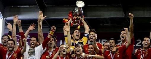 España agotó los adjetivos tras la Eurocopa de 2012