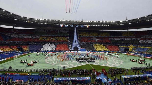 El estadio de Saint Denis, en la ceremonia inaugural de la Eurocopa de Francia 2016