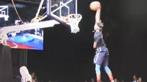 Los increíbles mates que dejaron alucinados a las estrellas de la NBA