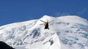 Muere un parapentista español en la Alta Saboya francesa tras cerrarse la vela en la que volaba