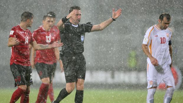 Mundial 2018 | Clasificación:  Un tremendo diluvio obligó a suspender el Albania-Macedonia