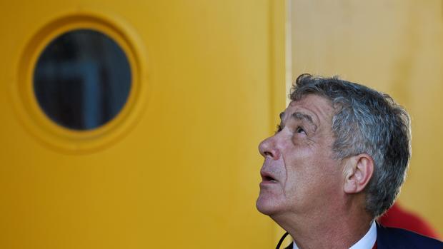 Villar anunció que retiraba su candidatura y otro candidato ha pasado al ataque