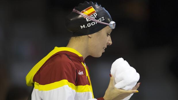 La nadadora, Marta Gómez, antes de una competición