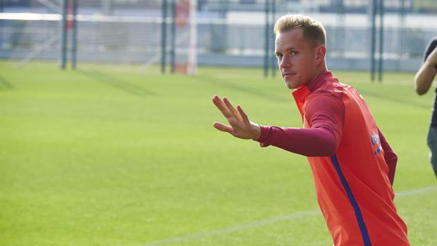 Ter Stegen, en un entrenamiento del Barcelona
