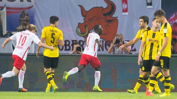 Dortmund cae ante Leipzig (1-0)