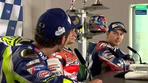 Tensa rueda de prensa entre Lorenzo y Rossi