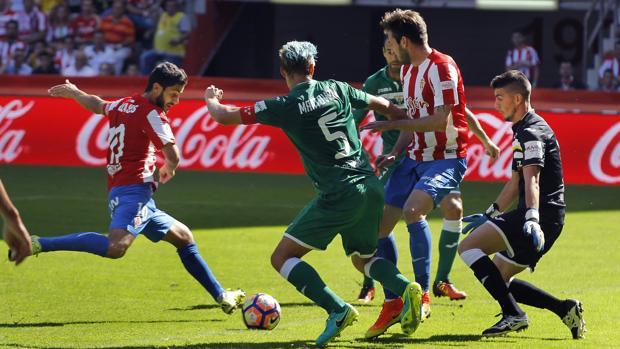 El Sporting sufre para ganar al Leganés
