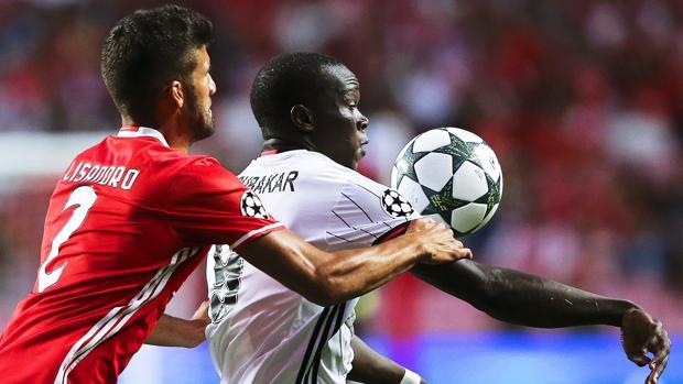 Benfica-Besiktas:  Un gol en el 92 de Talisca da el empate al Besiktas en casa del Benfica
