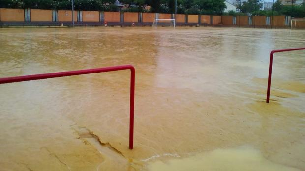 Estado de las instalaciones municipales de Los Rosales, en Huelva
