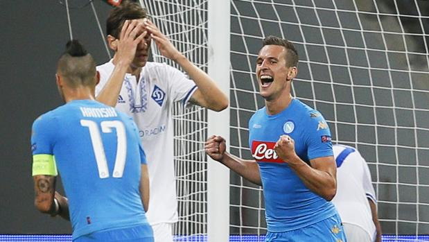 Dinamo Kiev-Nápoles:  Milik da el triunfo al Nápoles en Kiev