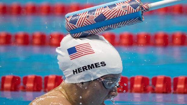 Paralímpicos Río 2016:  El curioso sistema para avisar a los nadadores paralímpicos