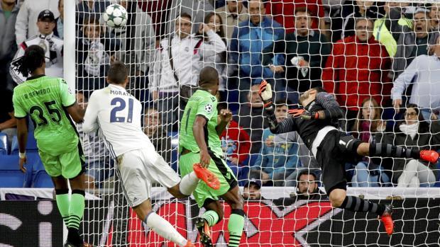 Liga de Campeones:  Fallece al celebrar el gol de Morata