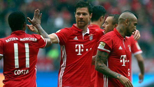 Bayern-Ingolstadt:  Xabi Alonso marca en la victoria del Bayern