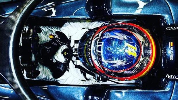 Fórmula 1:  Los espectaculares cascos del GP de Singapur