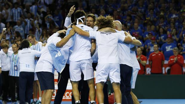 El equipo argentino celebra el pase a la final