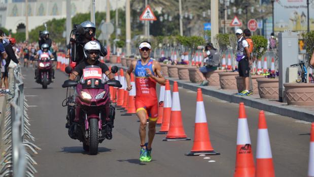 Mario Mola, campeón del mundo de triatlón