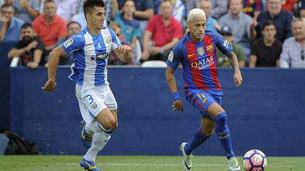 Bustinza también defiende a Neymar