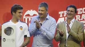 Kempes se postula para entrenar al Valencia: «Lo haría con todas mis ganas»