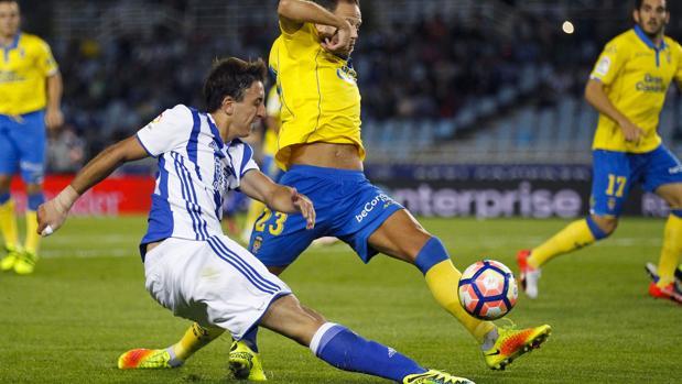 Real Sociedad-Las Palmas:  Willian José, clave con dos goles en primer triunfo de la Real en Anoeta