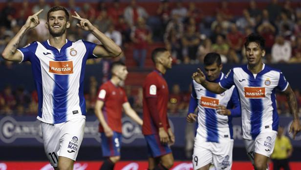 Osasuna-Español:  Primera victoria para el Español