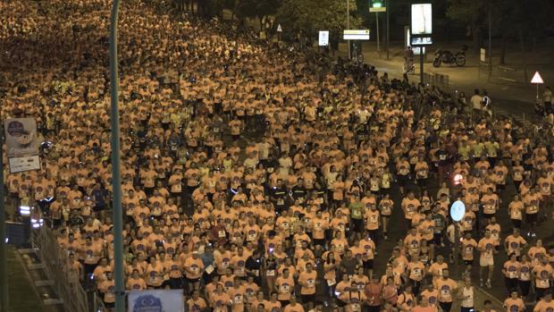 Unos 22.000 corredores tomaron partido en la XXVIII edición de la Carrera Nocturna del Guadalquivir