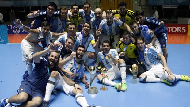 Argentina derrota a Rusia y se corona campeón mundial de fútbol sala