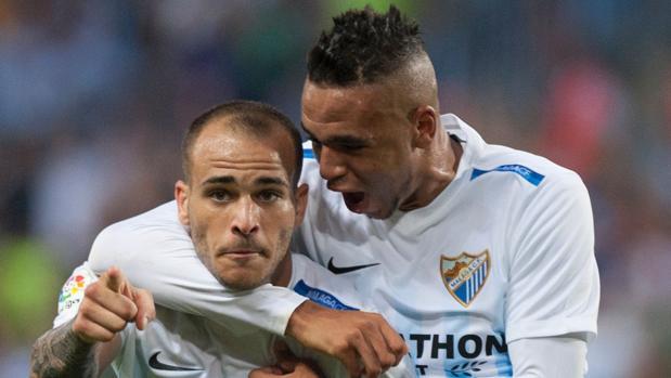 Liga:  El Málaga remonta en dos minutos