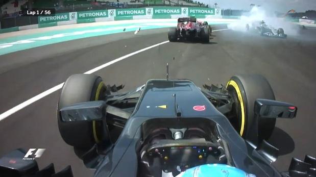 Fórmula 1:  Del 22 al 12: así fue la remontada de Alonso en la primera vuelta de Malasia