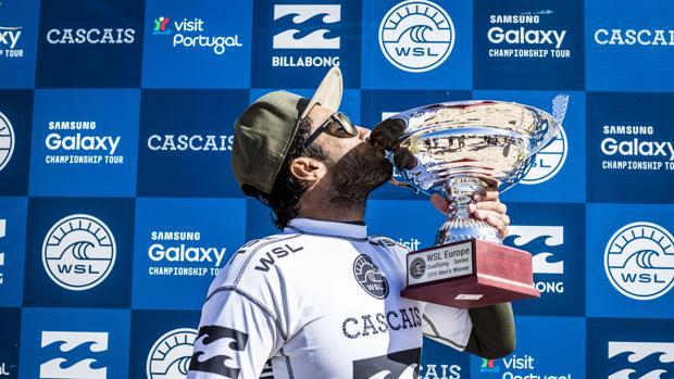 Jonathan González es el nuevo campeón de Europa de la World Surf League